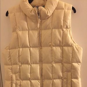 Gap puffer vest. Like new, very comfy. $15